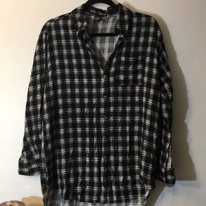 NWOT black and white plaid button down